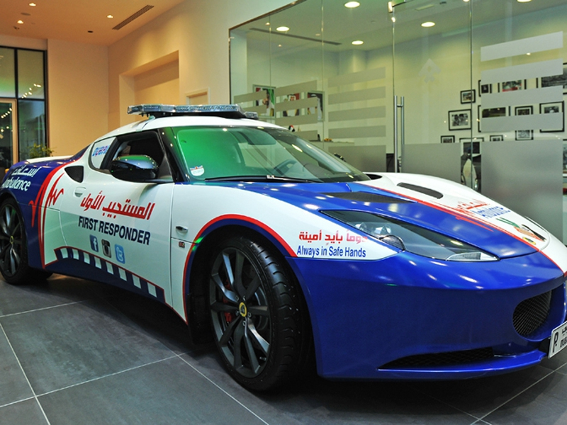 The World S Fastest Ambulance The Lotus Evora S Life